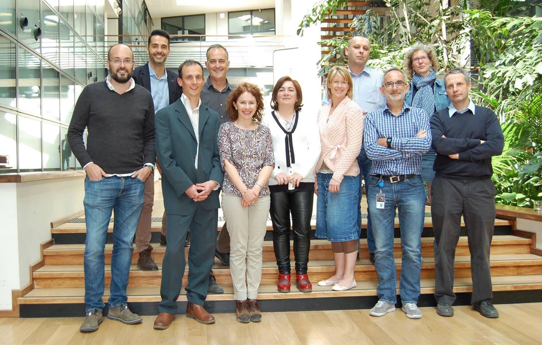 Juan Francisco Borrego (primero por la izquierda) en la última reunión del Cancer Board de Boehringer-Merial en Lyon (Francia)
